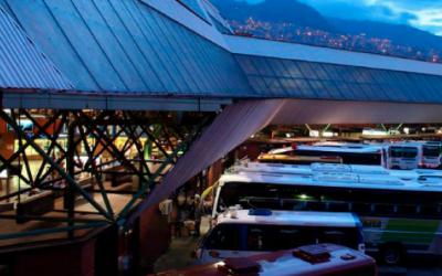 Terminal de Transporte Sur – Medellín en consorcio con los ingenieros Carlos Blodek y Julio López de Mesa.
